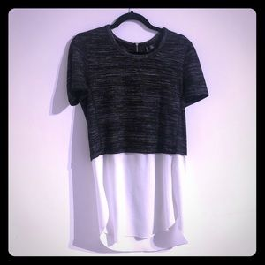 Tops - T-shirt with underlay